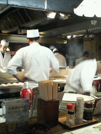 北海料理古艪帆来(コロポックル)の厨房